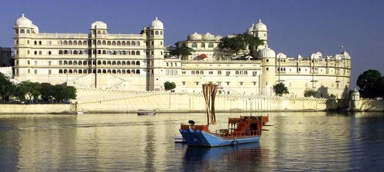 Boat Ride on Pichola Lake