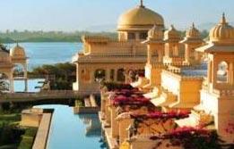 Luxury Tour Of India